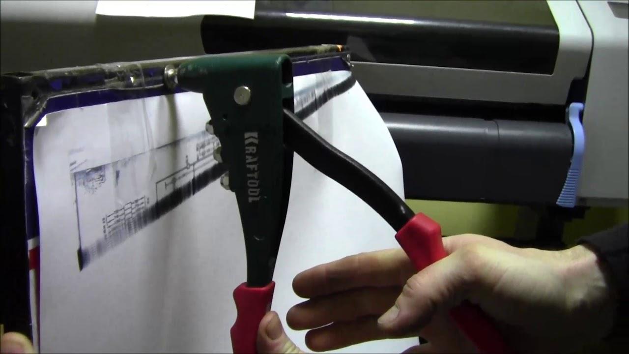 Заклепочный пистолет-реальный пример работы. Как мы пользуемся заклепочником. Как мы чинили вывеску