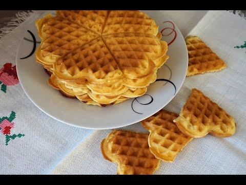 Вафли в электровафельнице/Waffles