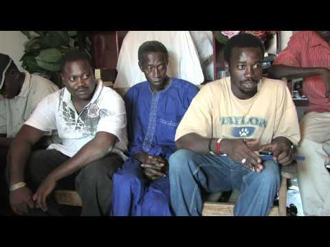 Gambia: Overleg met bouwer Medische Post