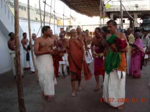 Subramanya Bhujangam (complete With Parts 1 And 2) --- Recited By Jayendra Saraswati Swamigal video