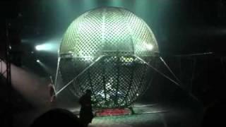 Flic Flac Zirkus unfall am todeskugel am 14.01.2012
