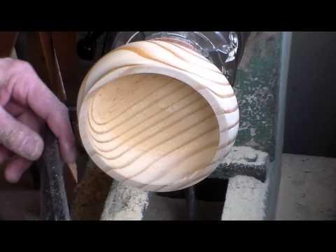 Como tornear madeiras em placa sem deixar marcas de parafuso