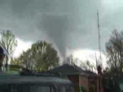Tornado in Gallatin TN