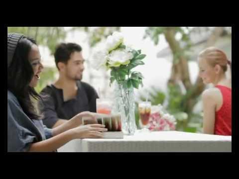 Zahra Damariva - Alasan (Official Music Video) (HD)