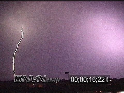 9/3/2000 Lightning video crawling across the sky