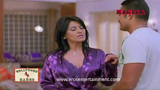 Aunty Archana Puran Singh forces a young boy to get intimate with her