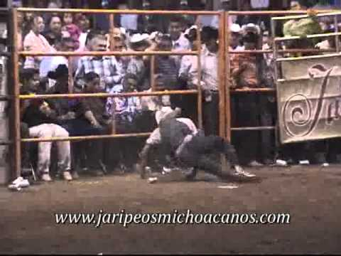 Puruandiro, Mich. (Relampago de Puruandiro vs Demonio de Tazmania).flv