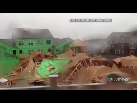 Impresionantes imágenes de fuertes ráfagas de viento derribando estructuras -- Exclusivo Online