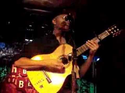 The Nightwatchman (Tom Morello) - Guerrilla Radio