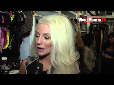 Courtney Stodden interviewed by Amber Scholl at Maggie Berry M8 Fashion show
