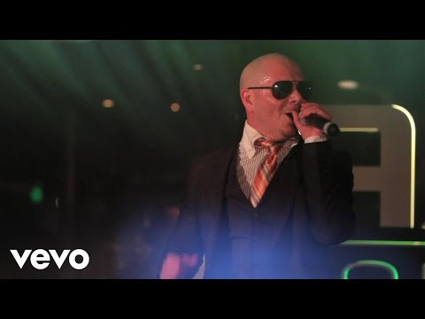 Pitbull - I Know You Want Me (Calle Ocho) (Live at AXE Lounge...