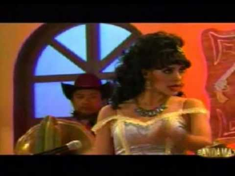 Rosa Aurora en La cantina del Tunco, Yesenia Garcia