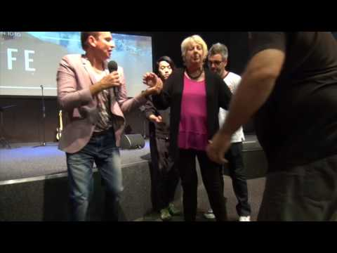 Lady healed from painful knee in Adelaide - John Mellor Healing Minister