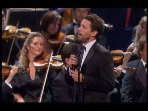 Julian Ovenden sings