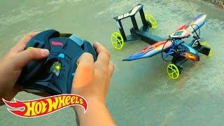 Война Трасс Hot Wheels - Летающие машинки!