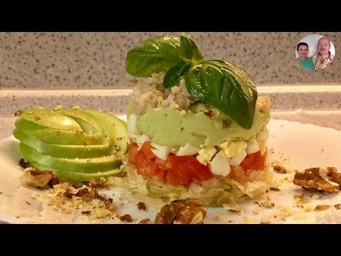 Салаты с крабовым мясом и яйцами