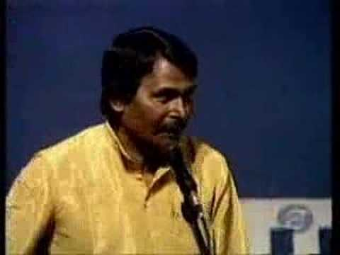Preeti Bhoj - Dr. Surendra Dubey Hasya Kavi in DoorDarshan DDIndia Entertainment.