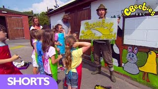 CBeebies: Ty Mawr Park Mural Painting - Mr Bloom Here and There