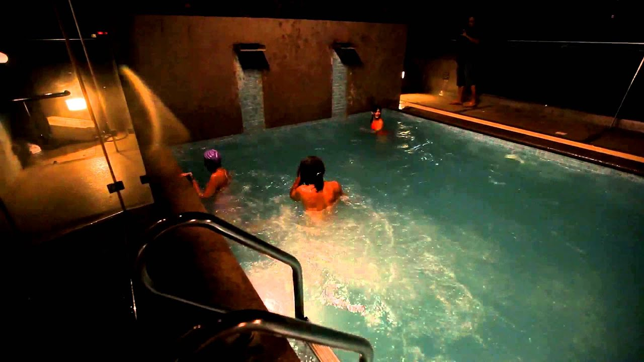 Making Of Sona Spa Makarand Deshpande With Leading Ladies In Swimming Pool Part 1 Youtube