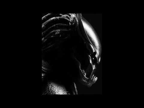 Predators 2010 Soundtrack  Berserker Predator Vs Classic Predator Theme