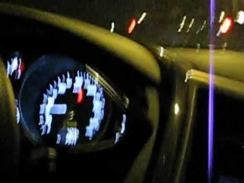 Audi R8 V10 Spyder Acceleration 270km/h vs Jeep Grand Cherokee SRT8