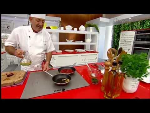 Karlos Arguiñano en tu cocina: Merluza con panaderas y piquillos
