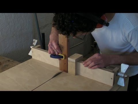 Homemade Table Saw Sledge - Part 3 - Lead Screw. Fence Stop & Finger / Comb Joints Jig