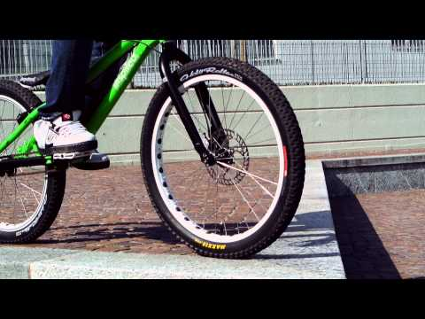 "Bike Trial - Alessandro Radice ""Rider s University"""