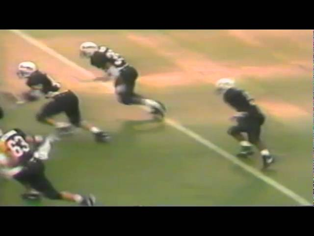 Oregon LB Ernest Jones sacks OSU QB Mark Olford 11-21-1992