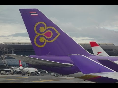 Thai 747-400 Sydney to Bangkok HS-TGF