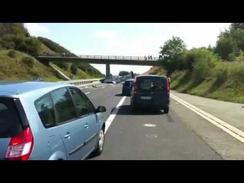 Crash d'un avion sur autoroute A89( version originale)