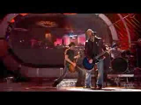 Daughtry  , Home ( Live On American Idol ) video