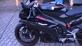 Yamaha YZF R6 RJ11 Bj2006 Schwarz