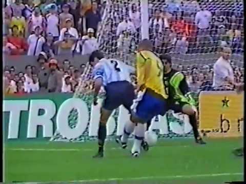 Brasil 4x2 Argentina - 1999 - Amistoso - Três gols de Rivaldo