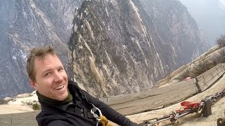 Huashan Plank Walk, full experience in HD, with snow!