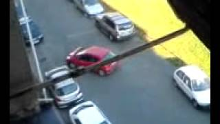 How Women Park Their Cars? Dangerously - Epic Fail Compilation