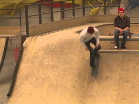 Kenny Hopf, Max Prause und Simon Schulz im Skateland Hamburg