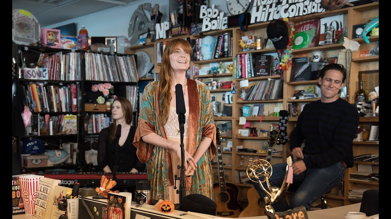 "Florence + the Machine - NPR Music Tiny Desk Concertにて""June""など3曲を披露 ライブ映像を公開 thm Music info Clip"