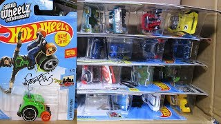 2019 C USA Hot Wheels Case Unboxing 2019 New Hot Wheels Cars with Wheelie Chair!