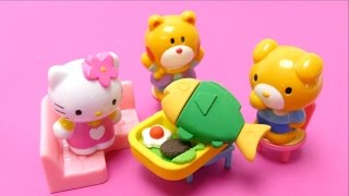 Hello Kitty is cooking -  Kitchen Toy Fun for Toddlers