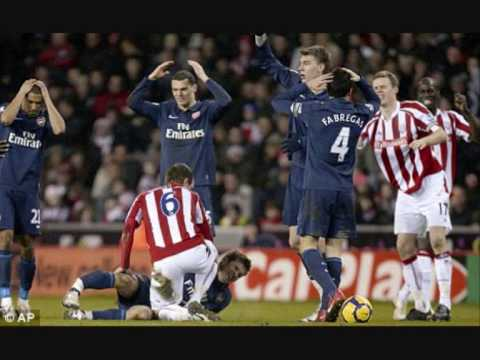 Alan Davies' Arsenal Rant On 'That Tackle' By Stoke's Ryan Shawcross On Aaron Ramsey