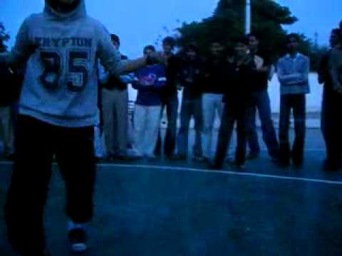 sumair waqar of NUML dancing on bohemias 420