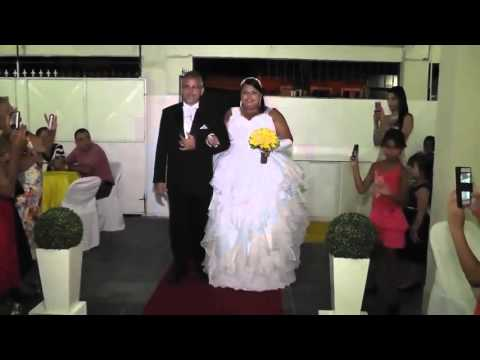 Must Watch - Wedding Entrance Ruined By DJ Who thinks it should be FANCY
