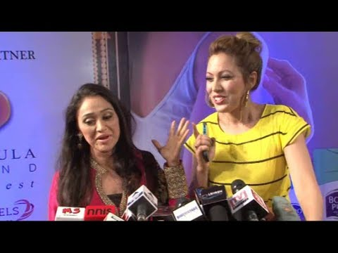 Munmun Dutta (babita) And Disha Vakani (daya) Together At Zee Gold Awards 2014. video