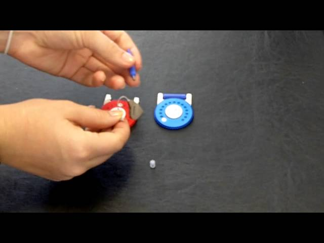Changing the Wax Screen on a GNResound Open Fit BTE Alera Hearing Aid - Harmony Hearing