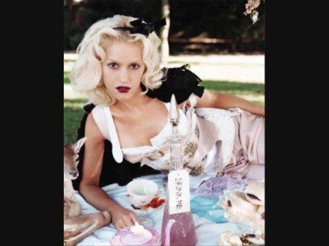 Gwen Stefani - Too Late
