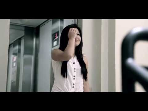 DECIDI VIVIR SIN TI - CORAZON SERRANO / VIDEO CLIP OFFICIAL HD 2013