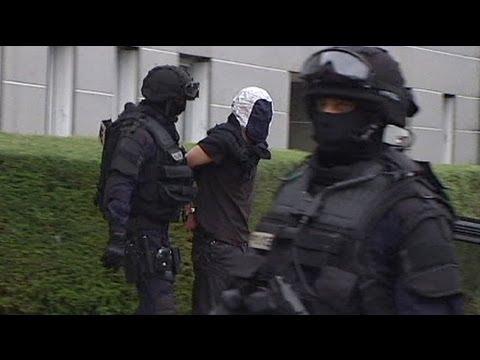 image vidéo  France: poursuite de l'enquête après les arrestations dans les milieux islamistes