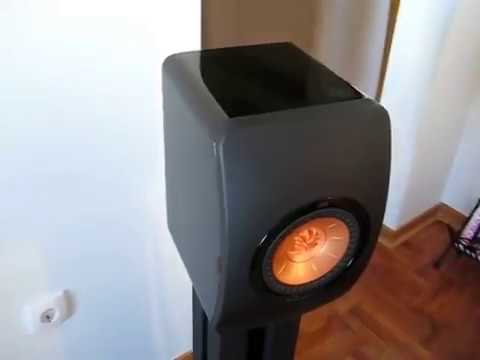 KEF LS 50 SPEAKERS - PRIMARE I 22 AND STAND MAXIMA 2000