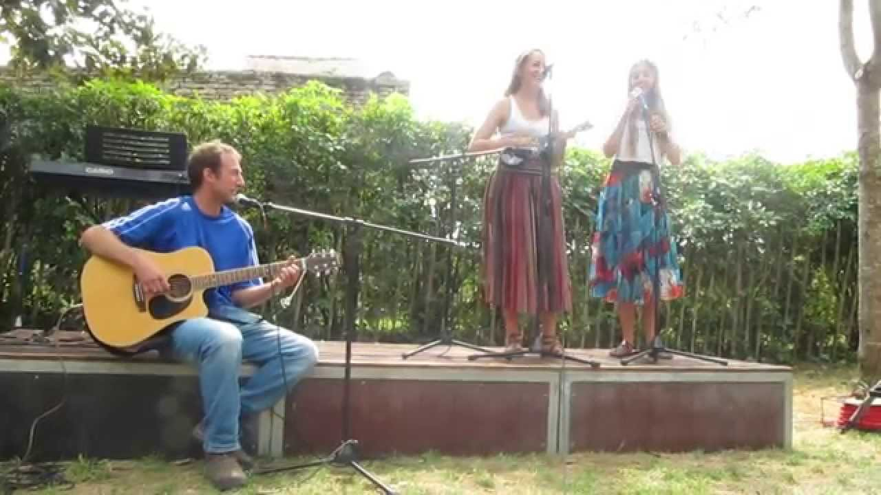 Beautiful girls singing...@1:35 sh!t gets real!